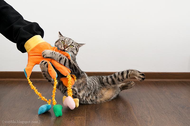 игрушка для кота, игрушка для кота своими руками